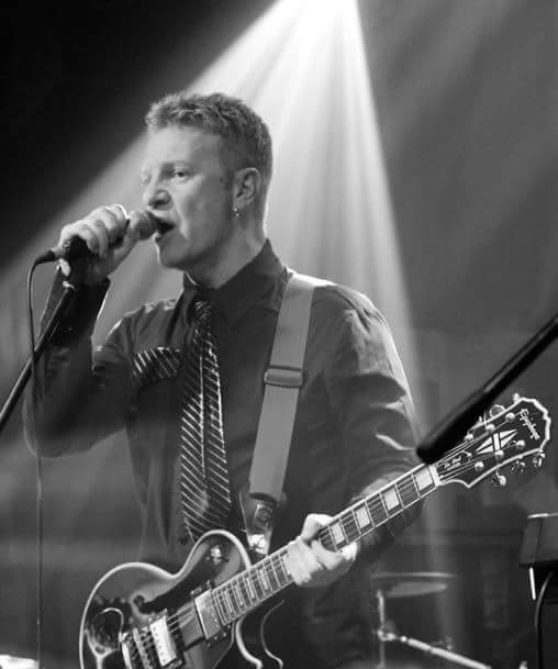 Peter Steer (Guitar, Keyboards and Backing Vox)